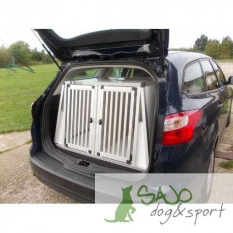 Box4Dogs Ford Focus combi III